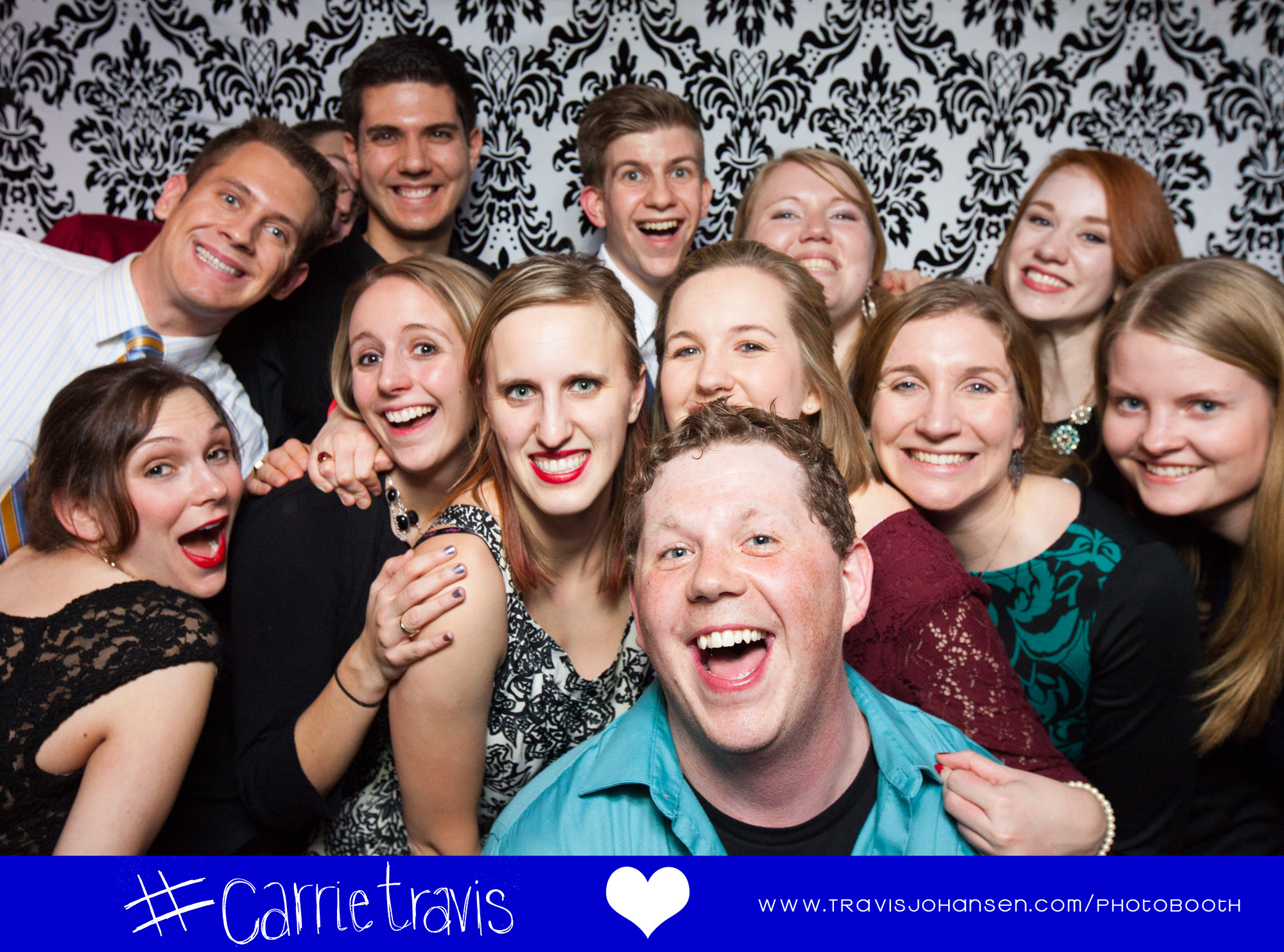 Group friendly photobooth MN based